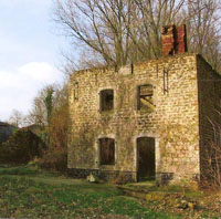 MOULIN EN RUINE copie